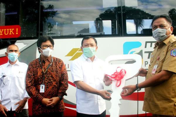 Sumbangan 1 Unit Mobil Laboratorium PCR untuk Membantu Penanganan Pandemi Covid-19 di Sulawesi Utara